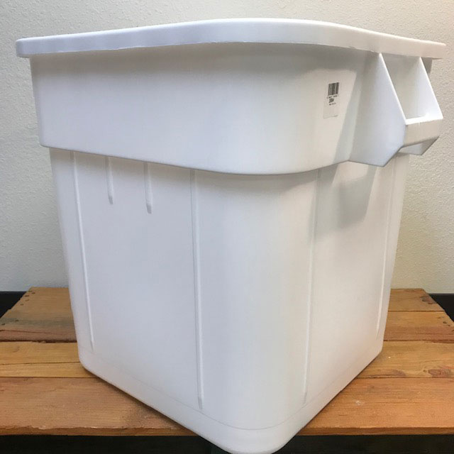 Bucket - Food Grade Plastic - 32 Gallon - Square with Handles