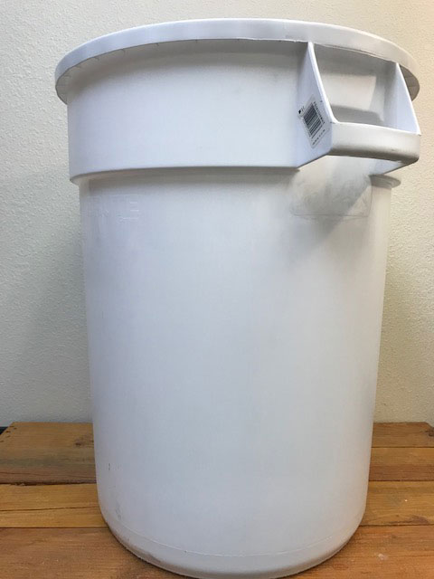 Bucket - Food Grade Plastic - 32 Gallon - Round with Handles