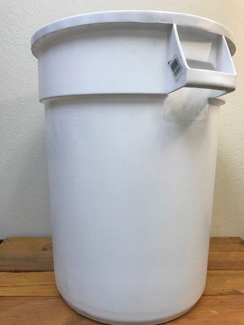 Bucket - Food Grade Plastic - 44 Gallon - Round with Handles