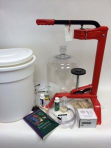 Winemaking Equipment Kit - 6 gallons