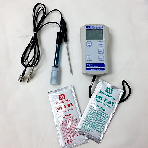 pH Meter, Milwaukee 0-14pH, ATC, Battery, pH and Temperature Probes, 4, 7 buffer